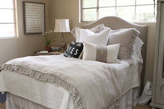 whites and creams with soft mocha walls
