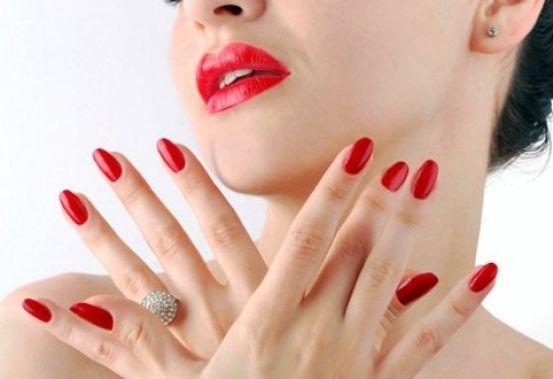 Акция! Классический маникюр - Royal Lux Clinic - Центр косметологии в Москве