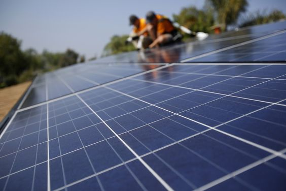 California Just Signed A Landmark Bill To Tackle Climate Change Solar Solar Projects Vivint Solar