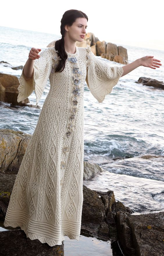 2016 fantasy aran dress by natallia kulikouskaya for aran for Aran crafts fisherman sweater