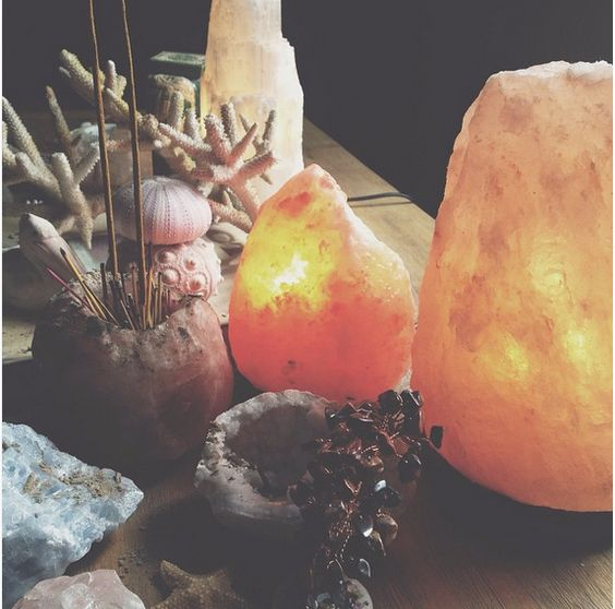 Consigue tu lámpara de Sal del Himalaya en www.meigacelta.com
