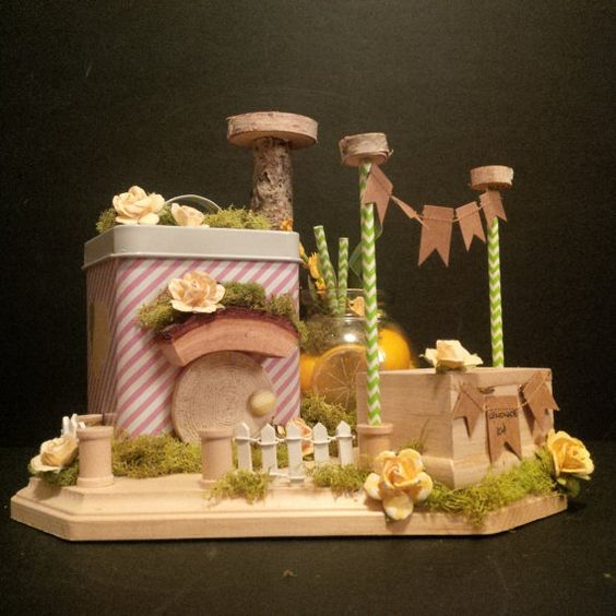OOAK Fairy Shop: Lemonade in the Shade Stand