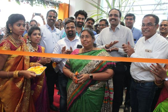 Big Bazaar New Store inaugurate In Ampa Skywalk Mall
