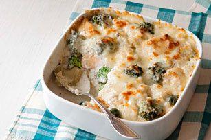 Gratin de poulet, de brocoli et de riz - Le fromage gratiné rend encore plus appétissant ce plat crémeux et réconfortant.