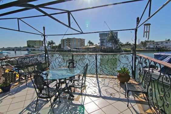 Miami Beach Vacation Rentals - The Orchid in Miami Beach from $89 /night; Visit our website for more info: https://roomlender.com/