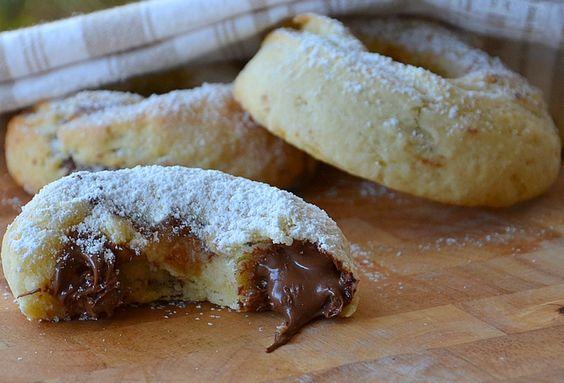 les ciambelline au nutella sont des petits beignets cuits au four farcis avec la p 226 te 224
