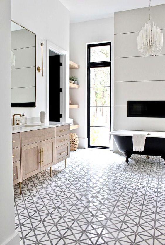 Beautiful bathroom ideas and inspiration - glam bathroom by the House of Silver Lining #bathroomdecor