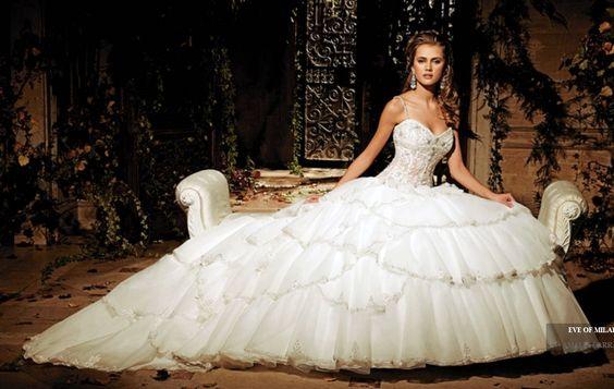 Résultats Google Recherche dimages correspondant à http://1.bp.blogspot.com/-RvFRAVPjsl4/UFgPrQ8bQ4I/AAAAAAAAAAY/YGVFqn6uOzs/s1600/2012_celebrity_ball_gown_wedding_dress_9835_20111218191200.jpg