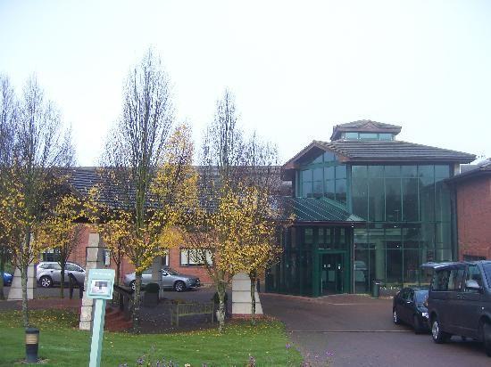 Daventry Road Staverton Northamptonshire NN11 6JT Phone01327 302000 Hotel Class 3 Stars