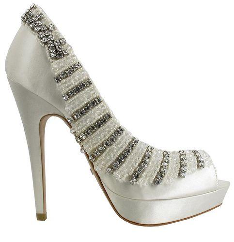 Fabulous Wedding Shoes That Make a Statement! by modwedding, via Flickr