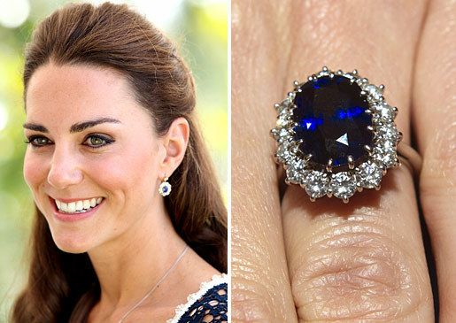 Kate Middleton Wears One Of The Most Recognizable Rings In World On Her Left Finger Prince William Proposed With His Mothers 18 Carat Sapphir