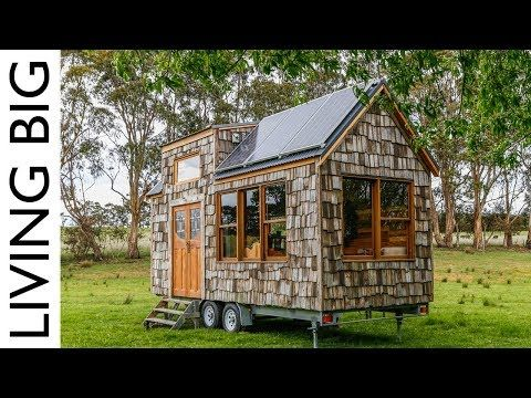 Super Affordable Off Grid Tiny House Built With Old Fence Palings Youtube Simply Gorgeous I D Add A Fe Off Grid Tiny House Tiny House On Wheels House Built