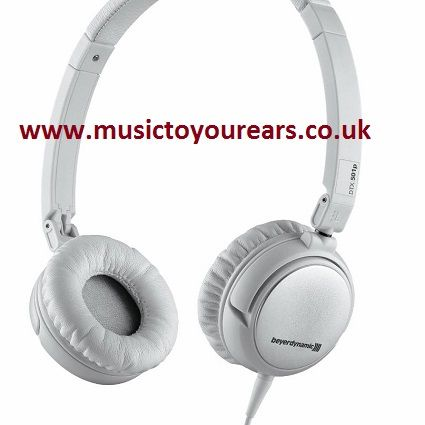 Whether you are looking for #Jays #Headphones, #Klipschheadphones or the best #earphones from any top brand or company, you will getthe best one from Music to Your Ears. Here, you will get the latest and #best #over ear headphones at discounted prices with home delivery and some addedbenefits.  @@ http://www.freepressindex.com/musictoyourearscouk-offers-attractive-discounts-on-jays-headphones-581456.html