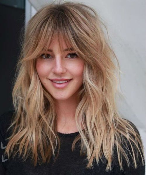 Fresh Beauty Of Latest Medium Shaggy Hairstyles 2020 That Are Truly Incredible Long Shag Haircut Long Hair With Bangs Layered Haircuts With Bangs