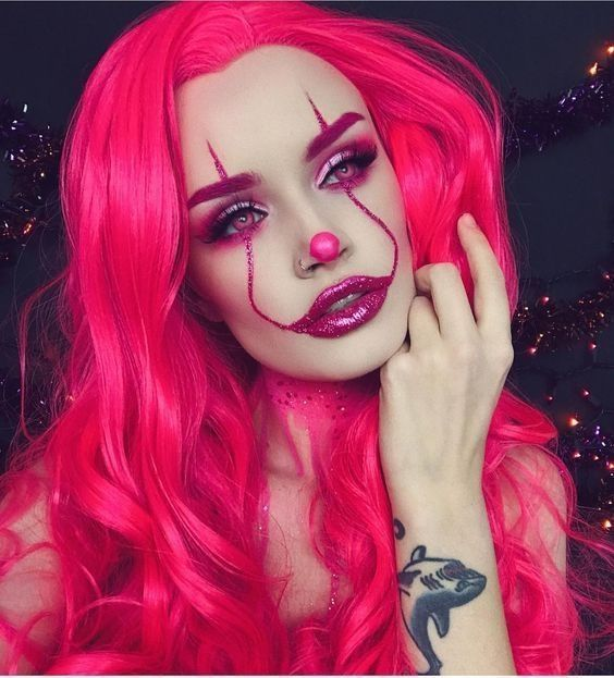 105 Scary Halloween Costumes For Men And Women Attireal Com Halloween Makeup Clown Halloween Makeup Looks Halloween Makeup Easy