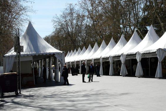 Así está la Feria de Artesanía de Valladolid hasta donde #EsculturasMorla ha viajado con sus #FigurasEnBronce