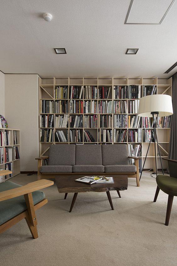 壁一面 ブックシェルフ 本棚 マルゲリータ 建築設計事務所