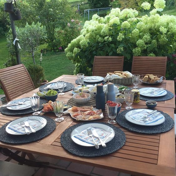Heut hamma Besuch von meinem Exmann und seiner Frau 😉. Mahlzeit & schönen Abend! 🍴 #Abendessen #Abendbrot #Brotzeit #Dinner #dinnerinthegarden
