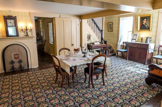 Virtual Tour Louisa May Alcott S Orchard House House House