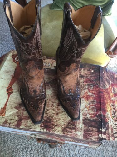 Women's Old Gringo Boots Size 9 https://t.co/mMFWc2wTER https://t.co/VUzr3Cuqgd