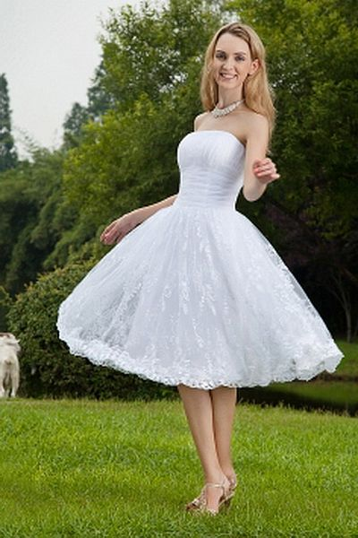 Moderne Liebsten Ein Online-Hochzeitskleid ba0061 - http://www.brautmode-abendkleid.de/moderne-liebsten-ein-online-hochzeitskleid-ba0061.html - Ausschnitt: Sweetheart. Stoff: Organza. Ärmel: Ärmellos. Farbe: Weiß. Silhouette: A-Line. - 198.59