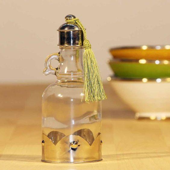 """Für Essig & Öl - die Glasflasche """"Oliva"""" mit orientalischer Quaste. www.albena-shop.de"""