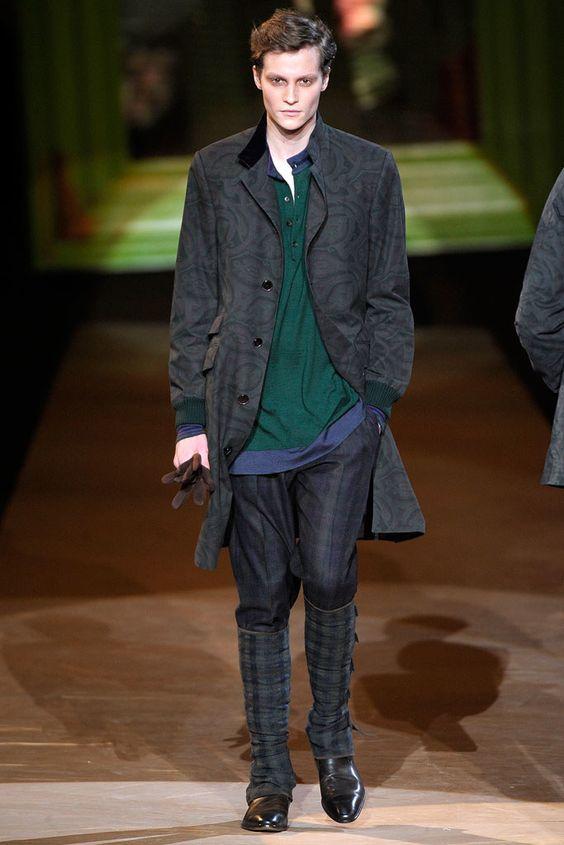 Etro Fall 2010 Menswear Fashion Show