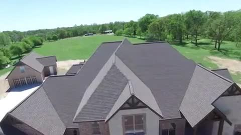 Pinnacle Roofing Provides Roof Replacements And Repair Check Out Our Tamko Heritage Vintage Shingle Replacement In This Video C Cool Roof Roofing Shingling