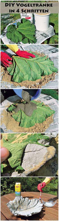 Ein Rhababerblatt eignet sich perfekt dazu, um eine Vogeltränke zu basteln. Das tolle DIY kann jeder selbst machen, da es sehr einfach umzusetzen ist. Sieht im Garten richtig toll aus.