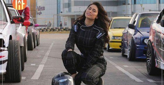 هاجر أحمد تستعيد ذكريات مسلسلها حكايات بنات In 2021 Fashion Tops Sports Jersey