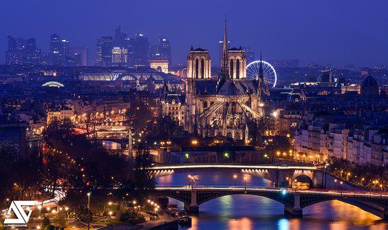 https://flic.kr/p/BUVk6m | Good night Paris | Cathédrale Notre-Dame, Paris, France  Facebook / Google+ / Instagram