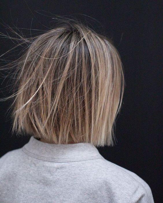 10 Casual Medium Bob Haarschnitte - Weibliche Bob Frisuren 2019 - 2020 - #casual #frisuren #haarschnitte #medium #weibliche - #frisuren