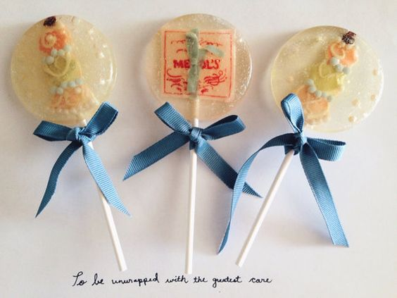 NEW - 3 Natural chocolate and almond flavored Grand Budapest Hotel Mendl's pastries lollipops on Etsy, $18.00 #grandbudapesthotel #wesanderson #mendls