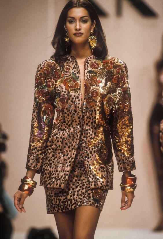 Yasmeen Ghauri Yasmeen Ghauri Twitter Fashion 90s Fashion Outfits 90s Runway Fashion
