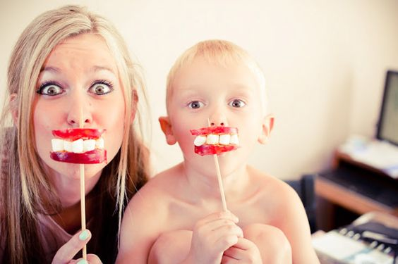 monster mouths, boys would love these- adorable idea done by one of my favorite families:)