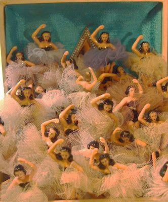 Lovely Vintage 1960s Jewelry Box Ballerinas