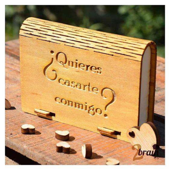 """Caja de madera para """"anillos"""". Personalizable con vuestros nombres y la fecha."""