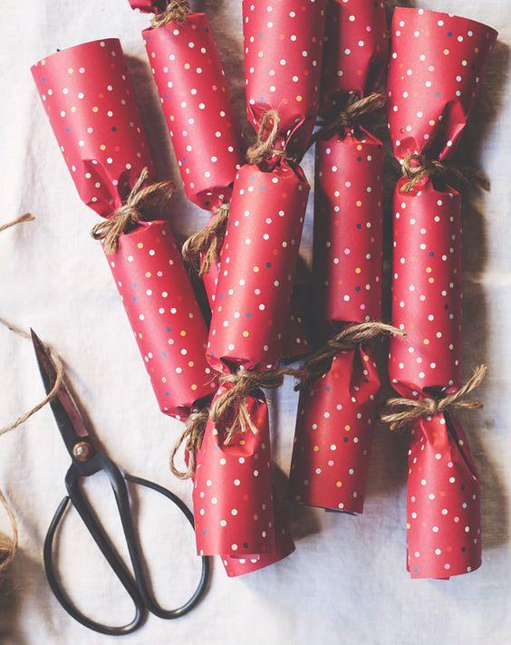 crackers faits maison rouge cadeaux vacances bonbon emballage cadeaux ...