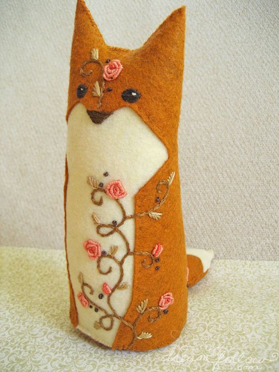 Briar Rose embroidered fox from Aimee Ray, dreamfollow.com