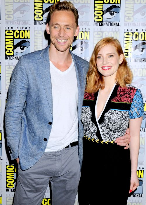 Tom and Jessica - so much hot!