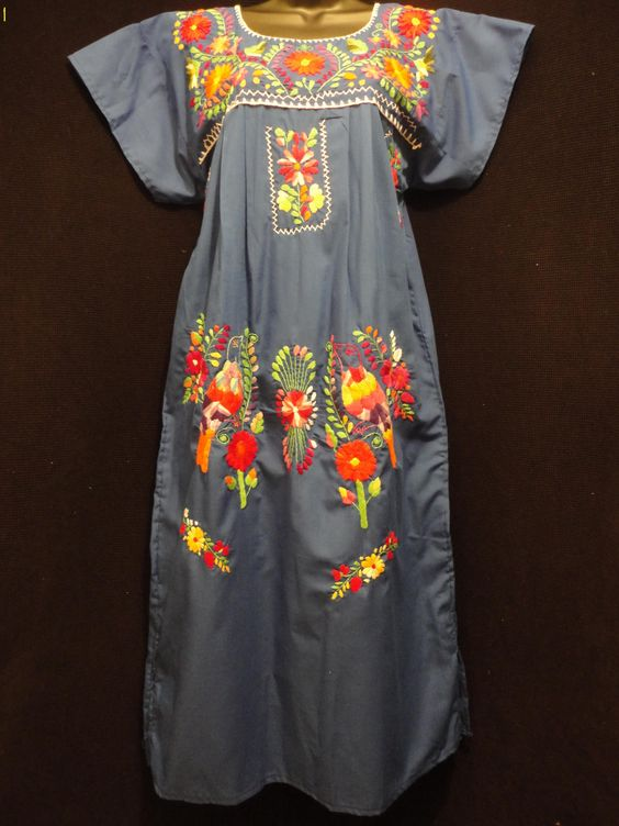 Traditional Mexican Dress - Oaxaca Folk Art -- Would wear this with my cowboy boots :)