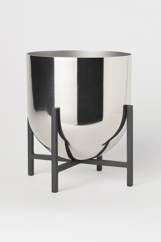 Plant Pot On Pedestal With Images