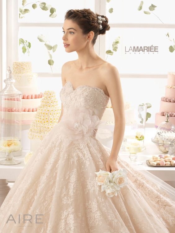 Azucena by 2015 AIRE Barcelona  Exclusively at La Mariée Budapest bridal #wedding #bridal #bridaldress #weddingdress #bridalgown #weddinggown #rosaclara #airebarcelona