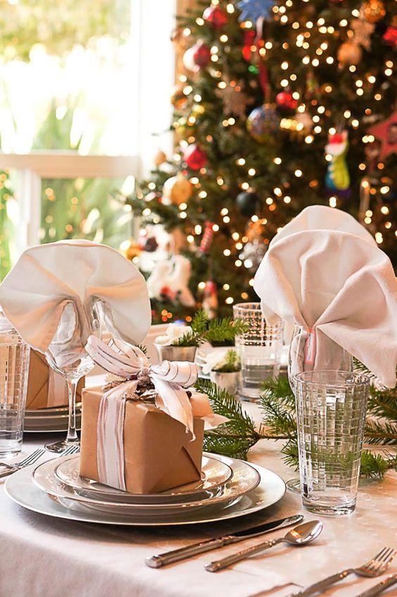 Table de Noel sympa en blanc