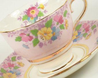 Colclough Vintage Bone China Inglaterra taza de té té taza platillo oro flor…