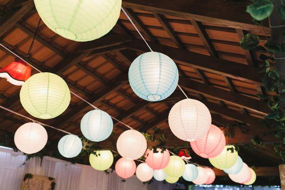 Color lanterns / Far