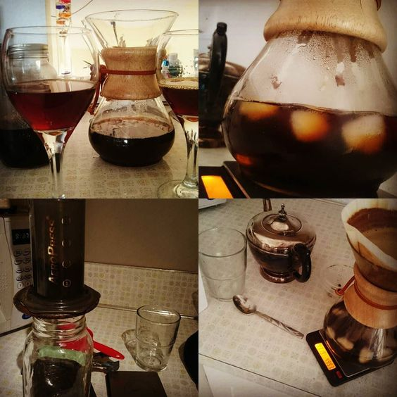 Just listened to the @thecoffeepodcast on Japanese #coldcoffee (this podcasts is so hawt right now.) inspired me to do a side by side comparison with my #slowdrip #coldbrew set up. The Japanese style definitely has more acid and is almost a little winey compared to the spicy slow drip.  had guests visiting this weekend and a lot of the conversation was focused around how the same bean from the same roast batch can taste so different depending on the brew and this is another fantastic…