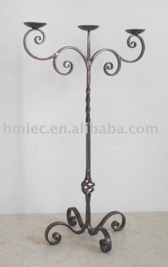 Candelabro hierro forjado and decoraciones de la for Faroles en hierro forjado para jardin