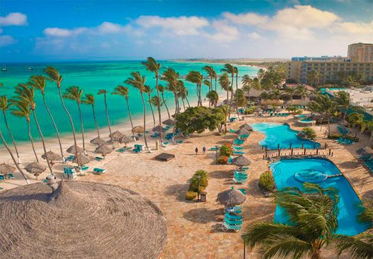 Holiday Inn Aruba Resort is amazing! Located on the famous Palm Beach, it's only 3 miles from downtown and 4 miles from the airport.