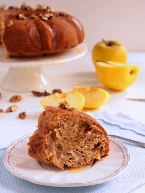 Nem acredito que é saudável!: Bolo de espelta e maçã com molho de xarope de ácer. Spelt and apple cake with maple glaze